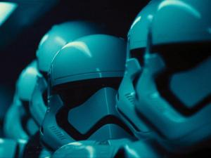Deretan Cameo Nggak Terduga di Star Wars: The Force Awakens